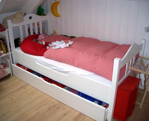 Diefusion hausm bel k che for Kinderbett landhausstil